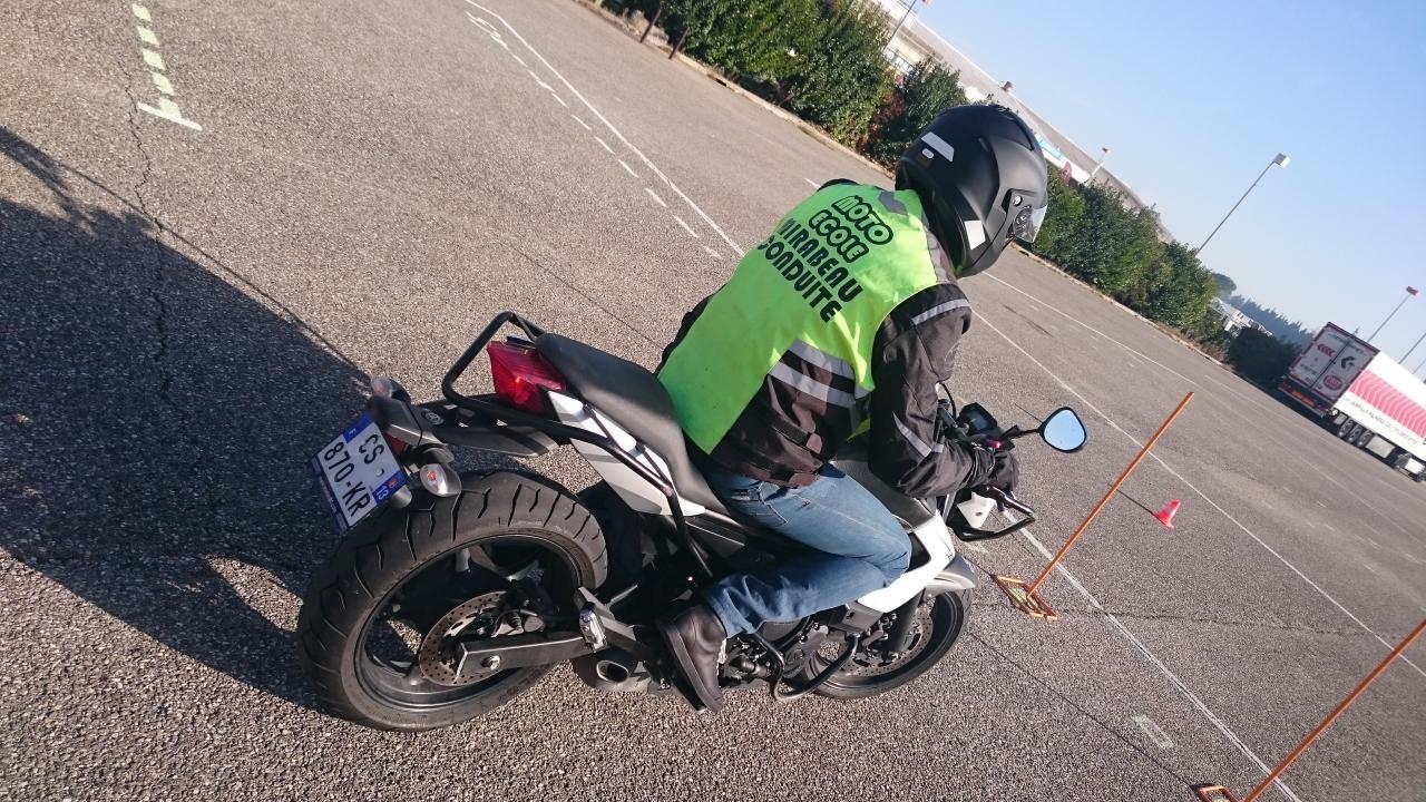 plateau moto permis